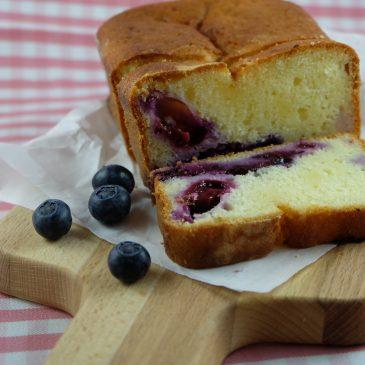 Blaubeer-Joghurt Cake